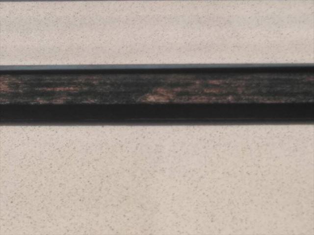 幕板の塗膜の剥がれ