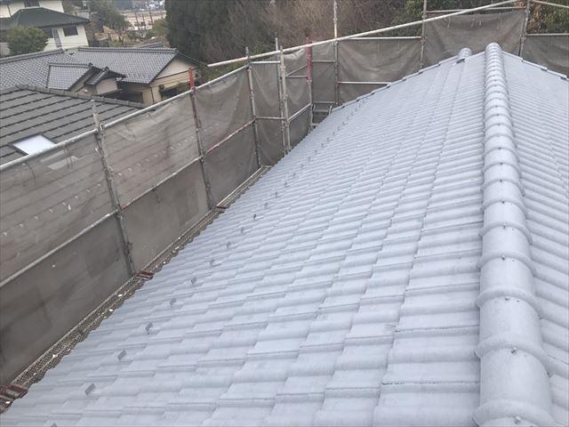 可児市、屋根の下塗り2回目