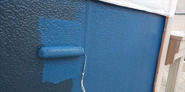 瑞浪市で外壁塗装上塗り