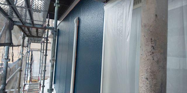 瑞浪市で外壁塗装上塗り完成