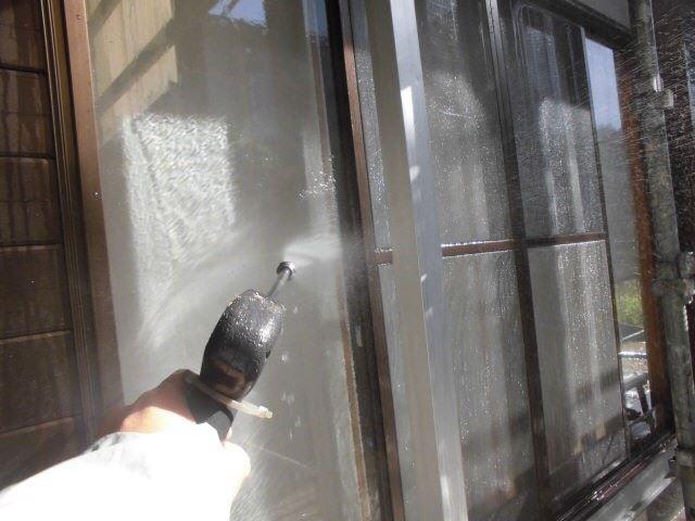 外壁のバイオ洗浄です