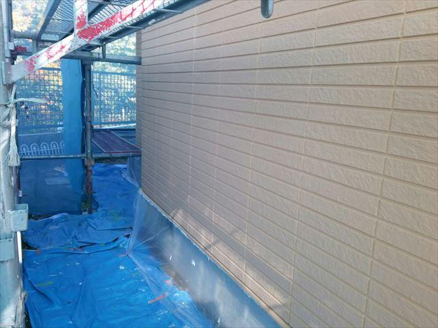 瑞浪市で外壁塗装 中塗り