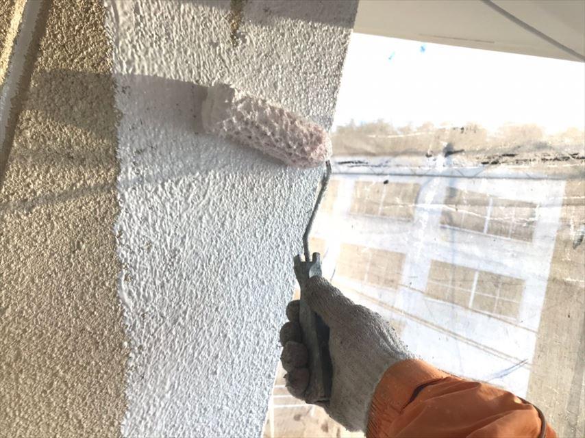 土岐市外壁下塗りフィーラー