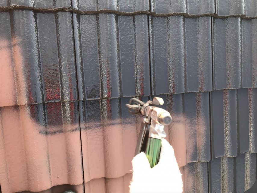 多治見市市之倉町屋根中塗り