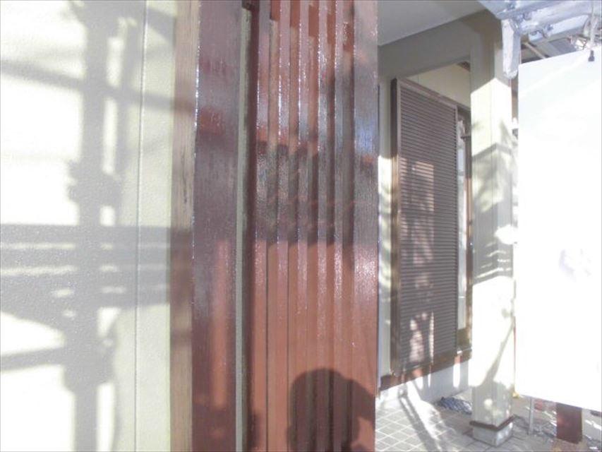 多治見市小名田町玄関柱塗り替え