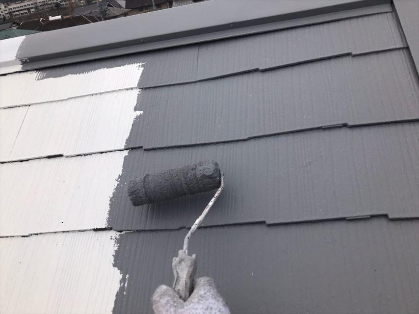 多治見市脇之島町屋根中塗り