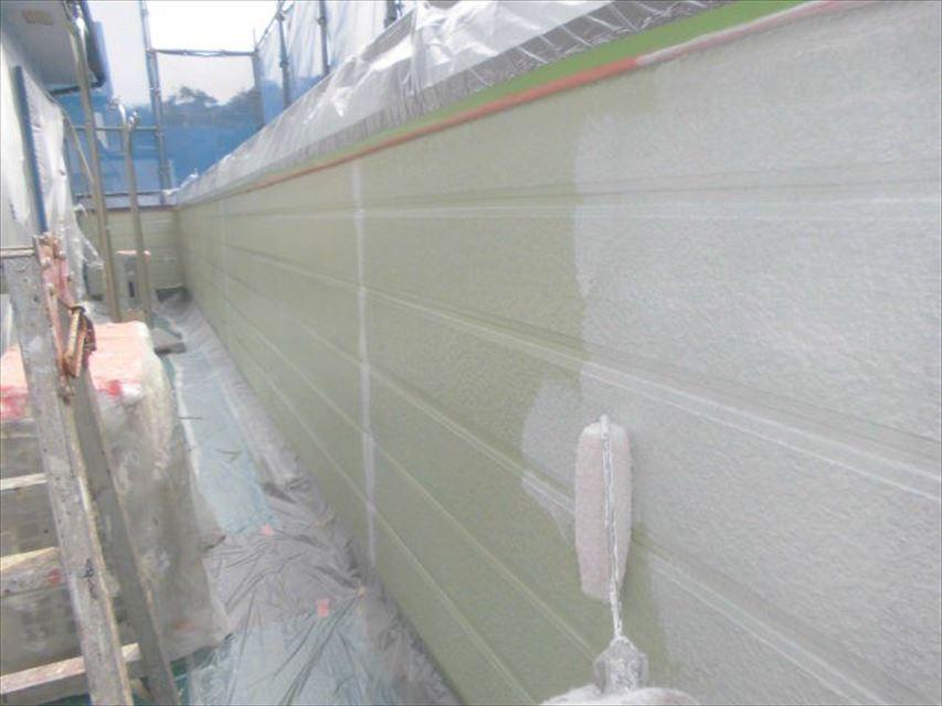 多治見市市之倉町外壁下塗り