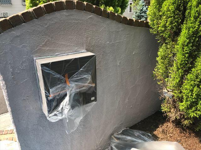 ブロック塀の上塗り塗装です