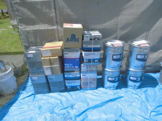 恵那市で外壁塗装 使用する塗料缶
