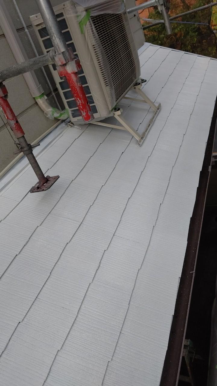 中津川市中津川で屋根外壁塗装屋根下塗り2回目完了