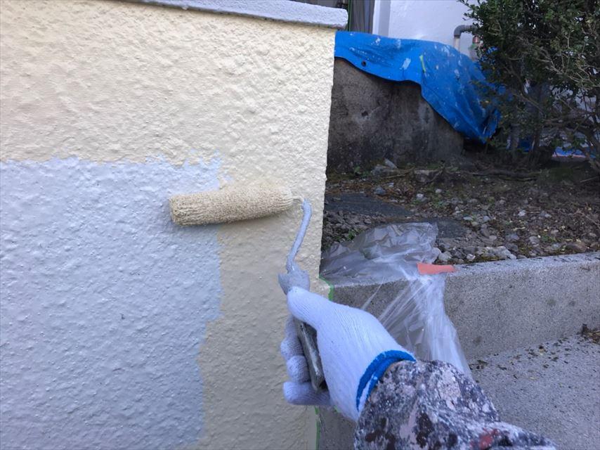 多治見市北丘町塀中塗り