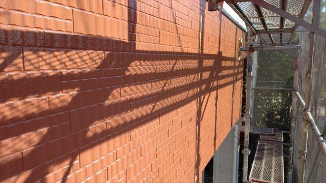 多治見市小名田町で外壁中塗り
