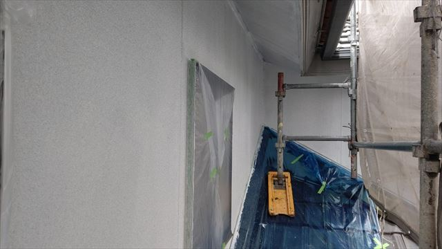 瑞浪市陶町で外壁塗装下塗り1回目