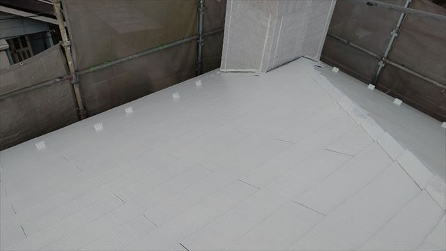多治見市滝呂町で屋根下塗り塗装