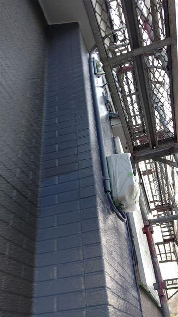 多治見市滝呂町で屋根外壁塗装外壁上塗り防カビ材