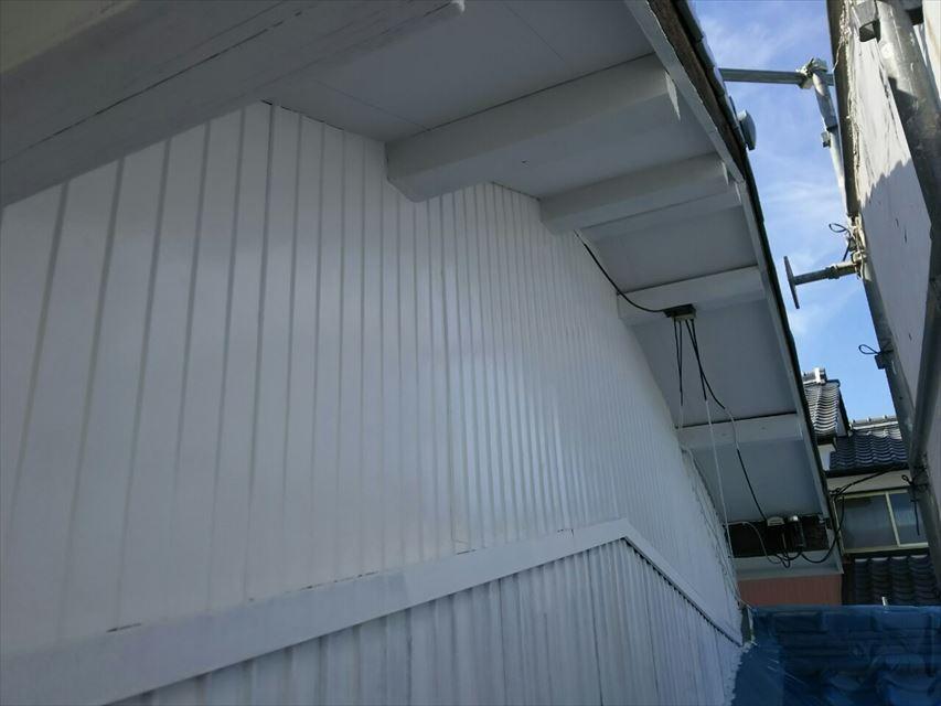多治見市大畑町トタン壁シリコン塗装