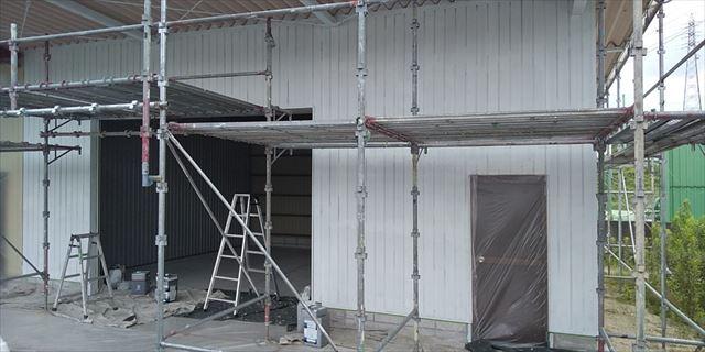 恵那市 恵那支店 外壁塗装 下塗り完了