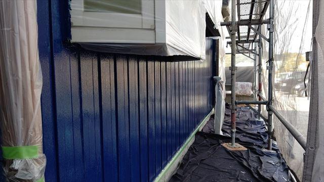 トタン外壁の上塗り塗装