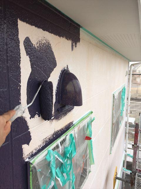 多治見市小名田町で外壁塗装 外壁中塗り塗装