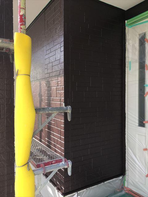 多治見市小名田町で外壁塗装 外壁上塗り塗装