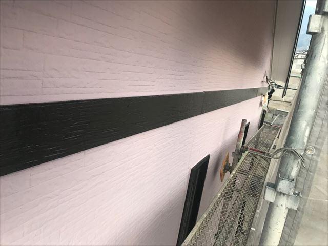 幕板の塗装です
