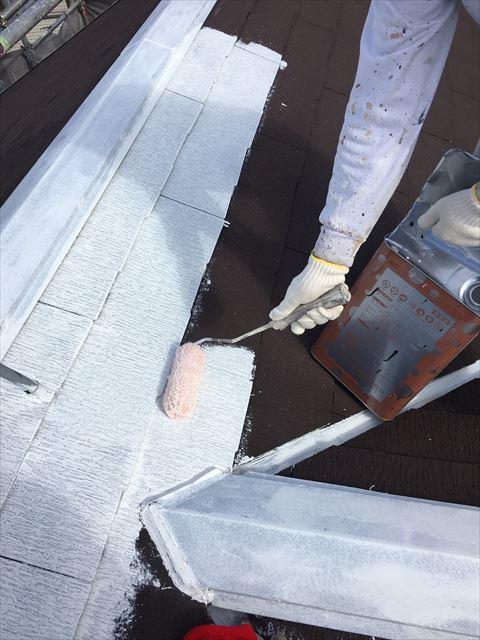 多治見市滝呂町で屋根外壁塗装工事屋根下塗り塗装