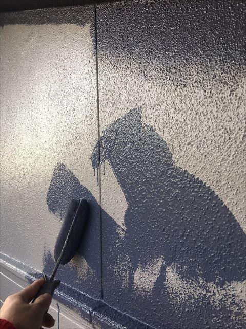 多治見市滝呂町 外壁塗装中塗り