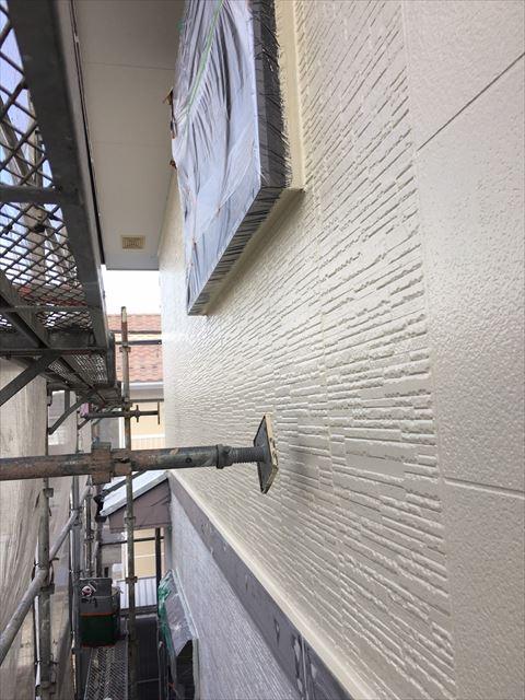 土岐市駄知町屋根外壁塗装外壁上塗り