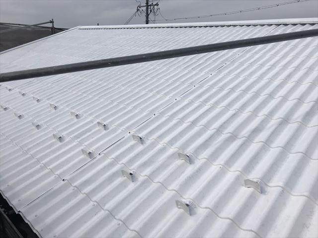 中津川市、屋根塗装下塗り1回目完了
