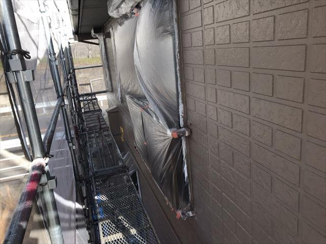 中津川市、外壁塗装の中塗り