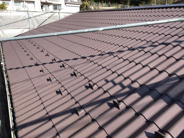 中津川市、屋根塗装中塗り、完了