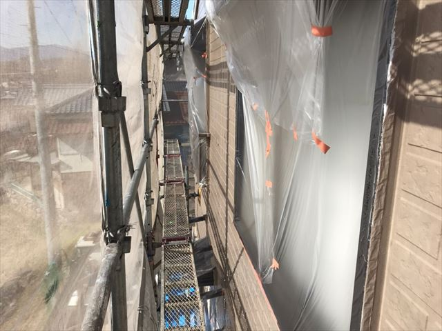 中津川市、外壁塗装上塗り