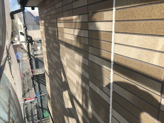 恵那市、シーリング材を施工