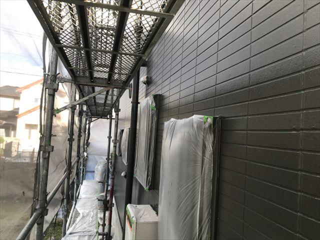 恵那市、外壁塗装の上塗り