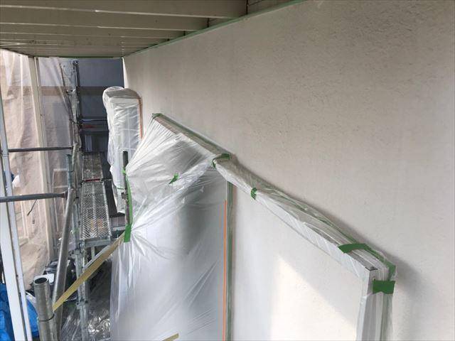 多治見市、外壁の下塗り塗装