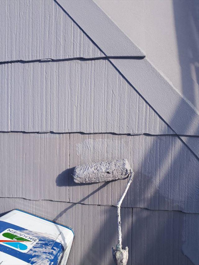 多治見市、屋根の上塗り