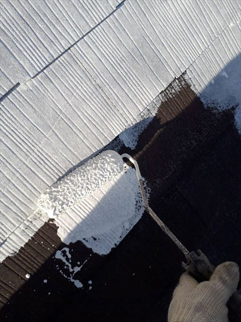 多治見市昭栄町スレート屋根下塗り