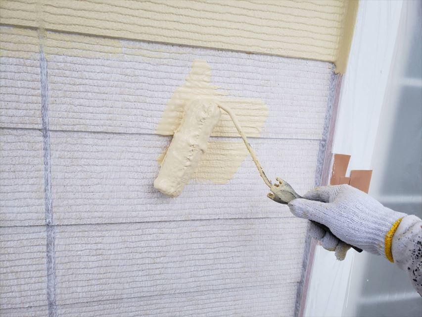 多治見市昭栄町外壁中塗り