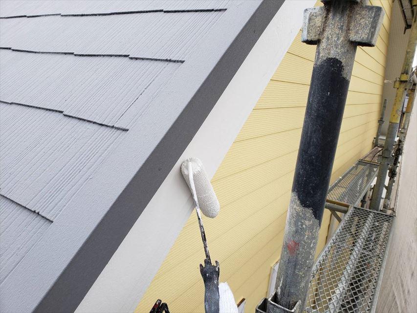 多治見市昭栄町破風板塗り替え