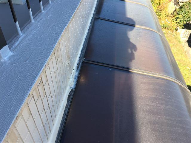 テラス屋根窓際コーキング