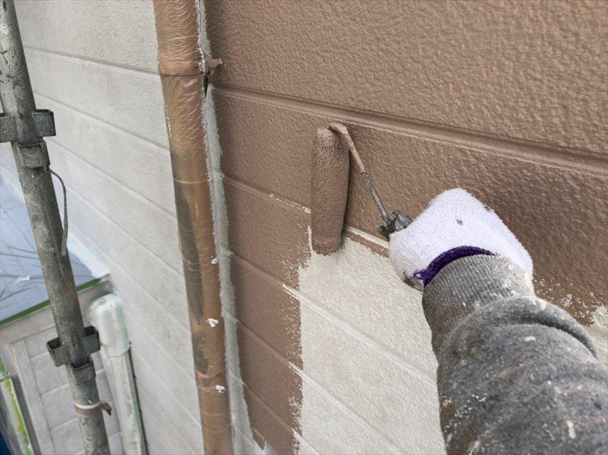 多治見市脇之島町外壁中塗り