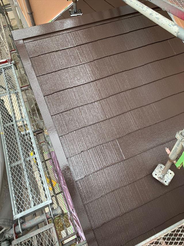 多治見市、中塗り下屋根塗装