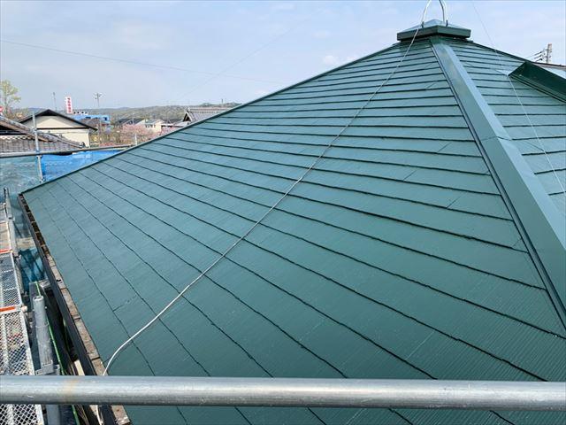 市屋根外壁塗装 屋根上塗り完了