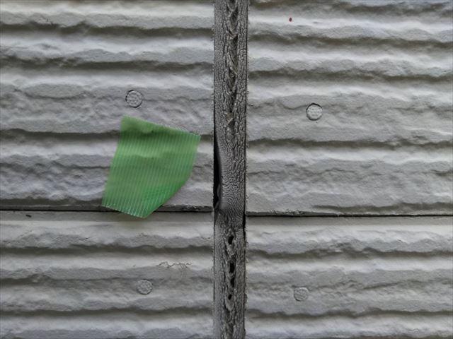 シーリング材の亀裂
