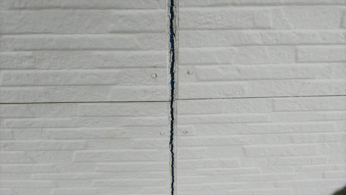 土岐市下石町外壁目地隙間