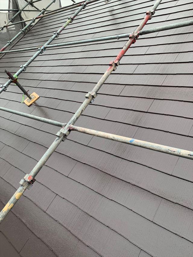 多治見市、中塗り大屋根塗装