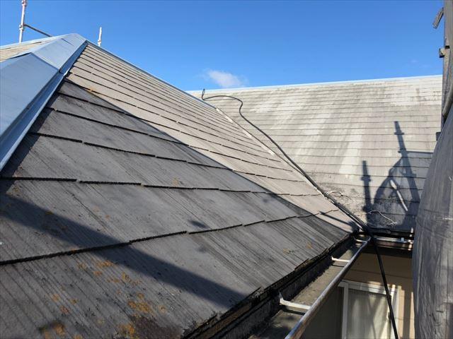 スレート屋根の洗浄です