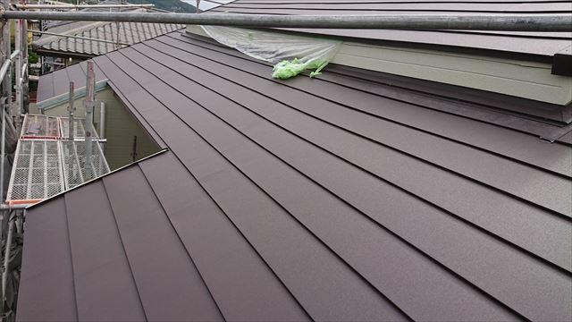 恵那市で屋根葺き替え工事 ガルバ張り