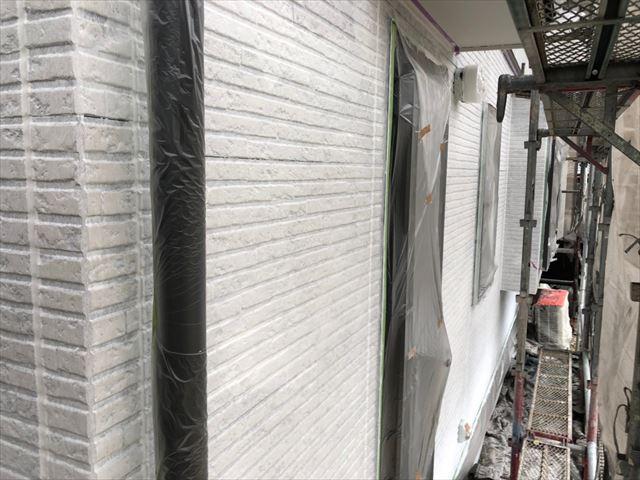 土岐市で外壁塗装、下塗り2回目