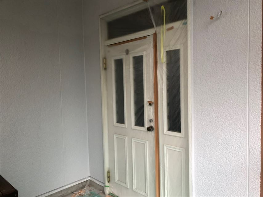 外壁の上塗り、完了